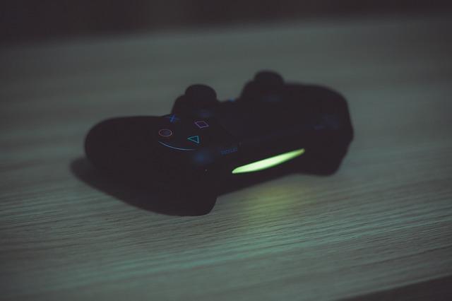 PS4 ovládač.jpg