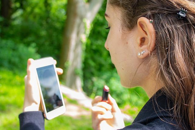 Jedna z funkcií mobilu.jpg